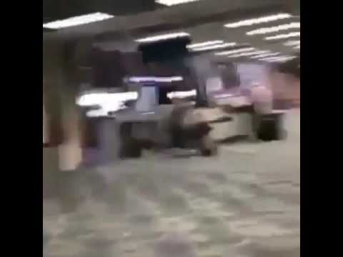 BLOODY AIRPORT SHOOTING IN FT.LAUDERDALE FLORIDA (REAL FOOTAGE)
