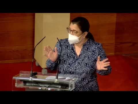 María Luisa Sánchez - La imposición del euskera en la educación es inconstitucional