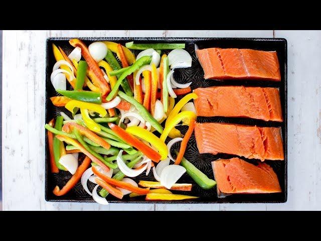 Meal Prep Recipes - Freakin Tasty One Pan Fajita Salmon