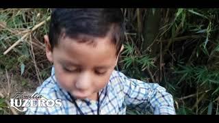 cortando carrizo /Familia Luzeros