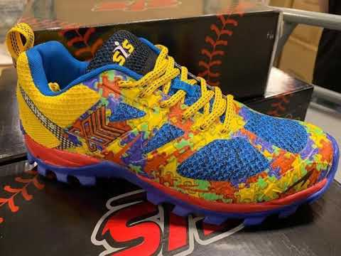 e51b06695 SIS X Lite II Turf Shoes - YouTube
