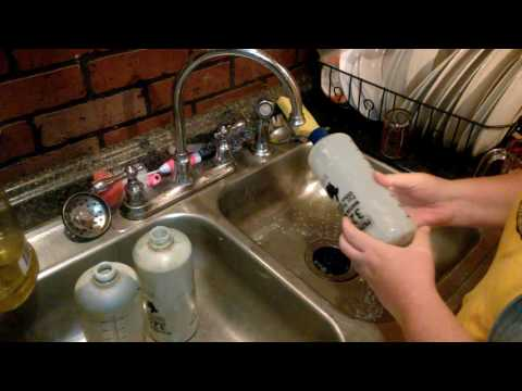 How to get rid of Algae in Rabbit Water Bottles