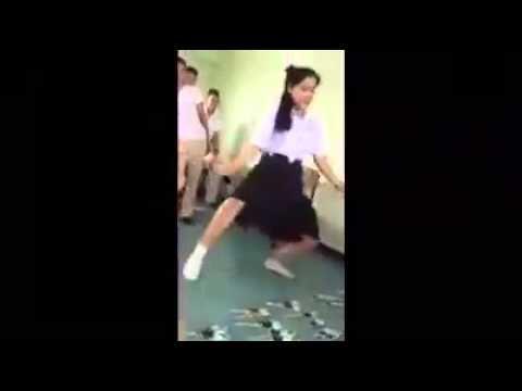 คลิปเด็ด youlike มึงไปเอาท่าเต้นแบบนี้มาจากไหน