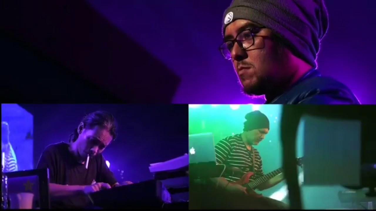 Rangkuman Perjalanan Live Musik Metafakta Oxytron