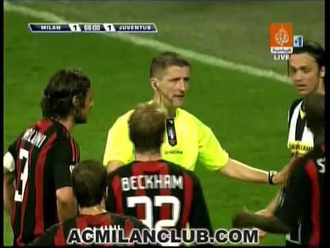 Paolo Maldini kick Giorgio Chiellini Ass - Ac Milan vs Juventus