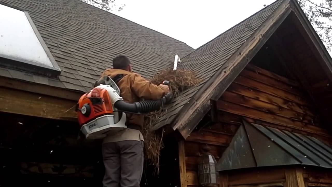 Gutter Cleaning Roof Cleaning Rig Stihl Br600 Youtube