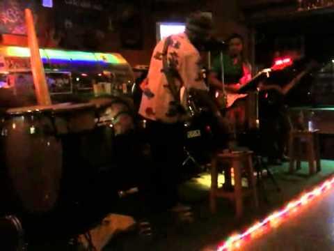 กอด (Hug) - T-Bone cover by Monkey Drunk Band