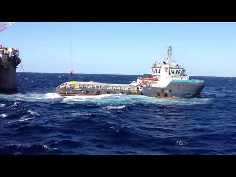 Crew Transfer from Drilling Rig to AHTS Vessel
