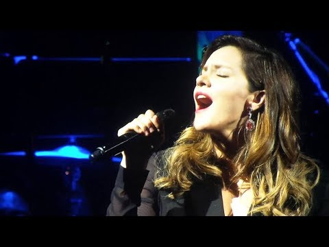 Katharine McPhee SLAYS Whitney Houston songs