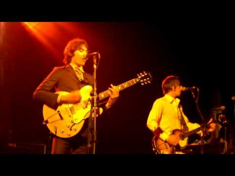 The Young Veins - Take A Vacation! (Live in NYC 7/14/2010) Mp3