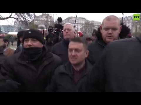 Chaos erupts as Tommy Robinson gives speech at Speakers' Corner