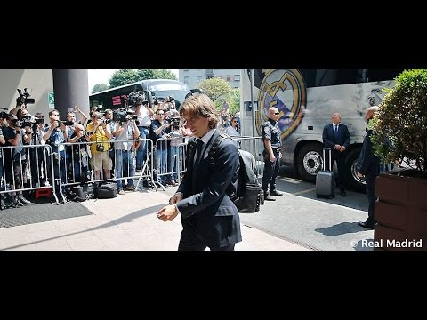 Real Madrid/ UCL Final: The Squad's Arrival At The Hotel