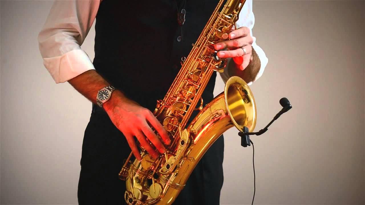 foto-saksofonistki-s-gitaristom
