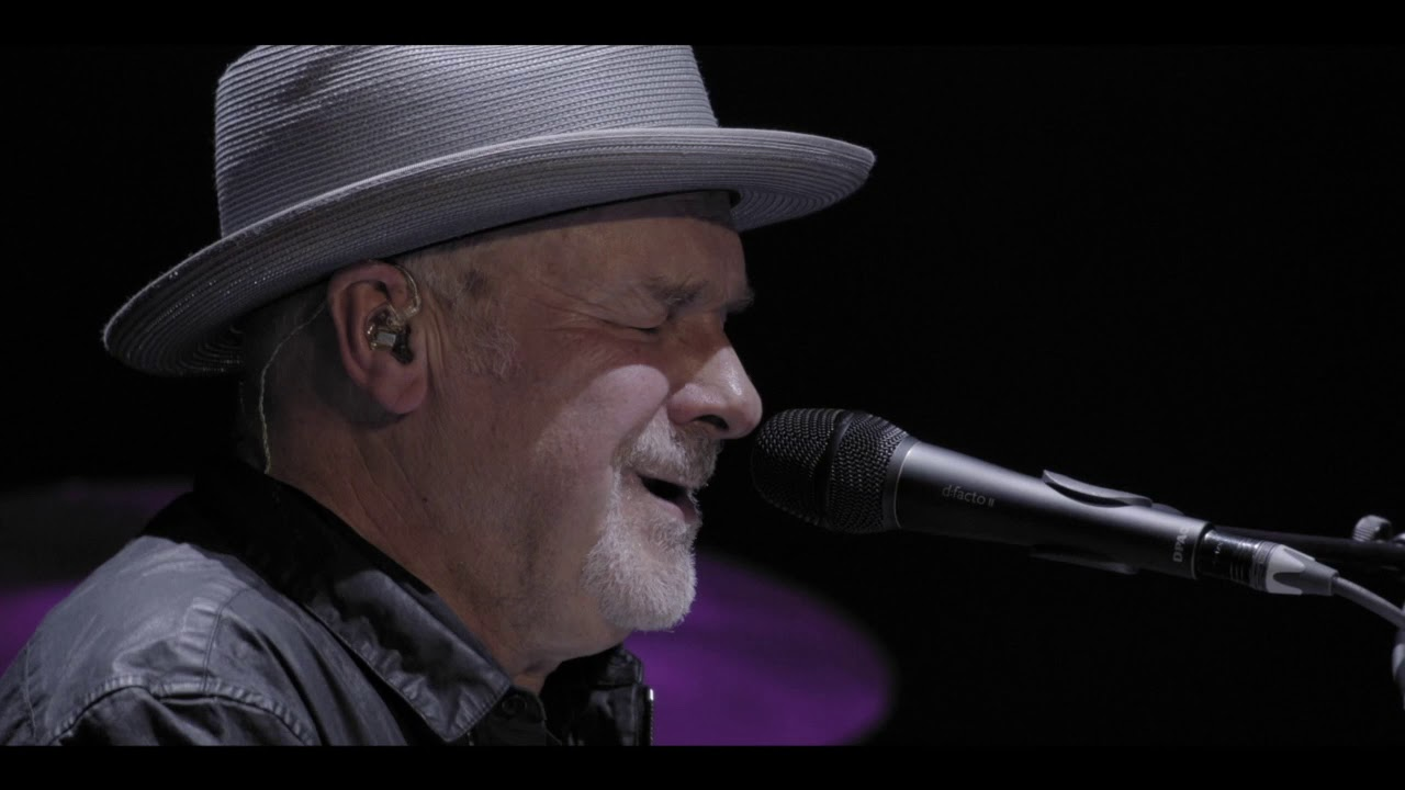 Paul Carrack - Love Will Keep Us Alive (Live)