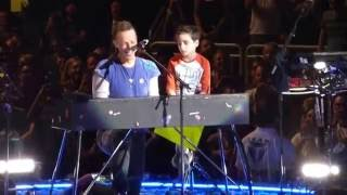 Coldplay - Everglow (with Oscar) - Gila River Arena - Glenda...