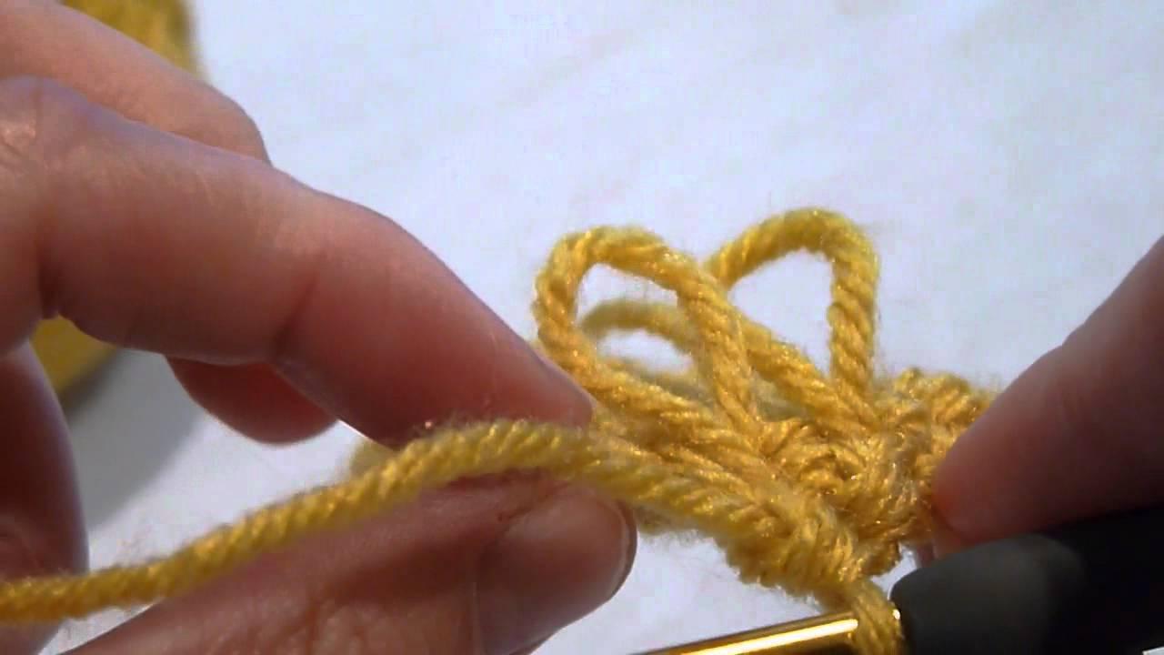 Stitch Scene  How to crochet the Loop stitch - YouTube b9eb745e0ce