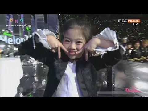 Melon Music Award 2017 NaHaeun Introduce Dance Award Candidate ☆Twice Redvelvet BTS Exo Winner