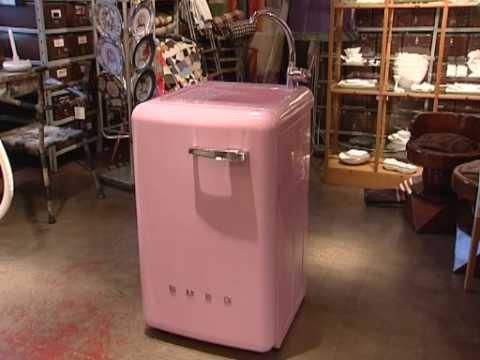 Ottimizzare gli spazi la lavatrice lavello di smeg youtube for Lavabo sopra lavatrice