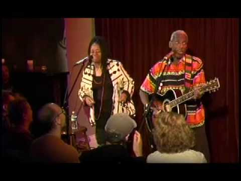Kim and Reggie Harris LIVE at Acoustic Long Island