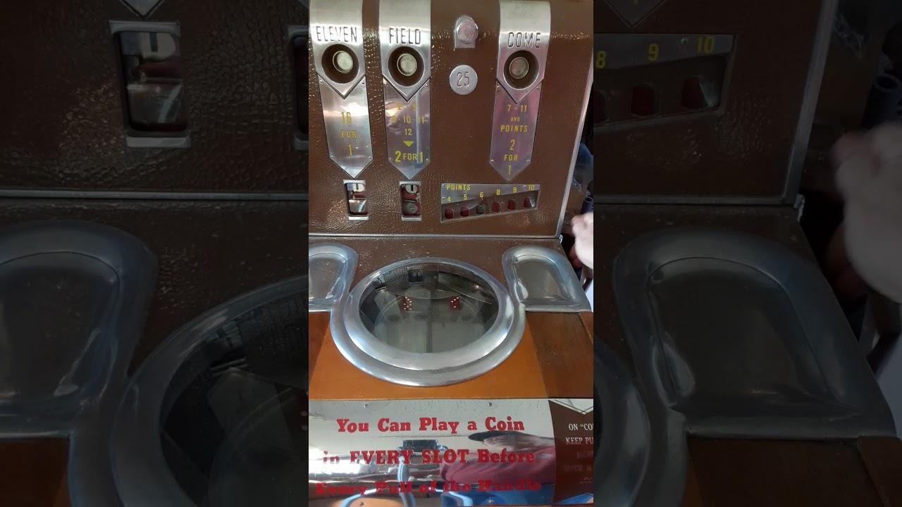 Dice Slot Machine