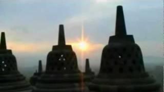 Buddhist Chant - NAMO TASSA BHAGAVATO ARAHATO SAMMA SAMBUDDHASSA