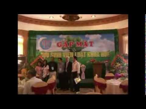 Hop Mat Cuu Sinh Vien Truong Dai Hoc Luat Khoa Hue Toan Quoc tai Hue. Tap 1