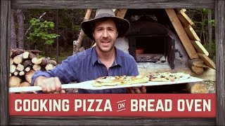 Cooking Pizza On Bread Oven!