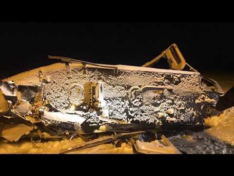 Зажатые в салоне упавшего в ЯНАО вертолета погибли