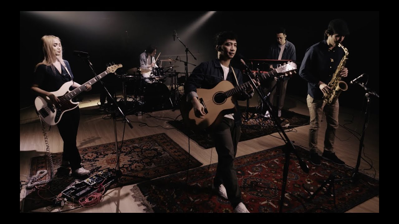 Download SUD - Sagutan (Live Performance)