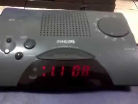 fa78b7ebde4 Radio Relogio Philips AJ3150 - YouTube