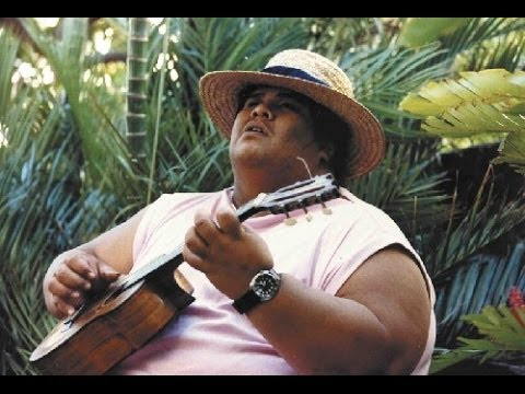 💚 Israel Kamakawiwoole – Over The Rainbow & What A Wonderful World – 1993 💚