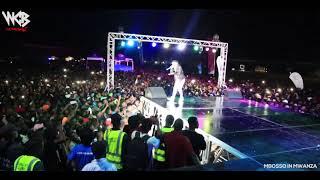 TAZAMA Amsha Popo ya Watakubali ya Mbosso  Mwanza Mwanza wasafi festival 2018
