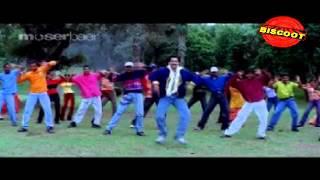 Poove oru | Malayalam Movie Songs | Kayyethum Doorathu (2002)