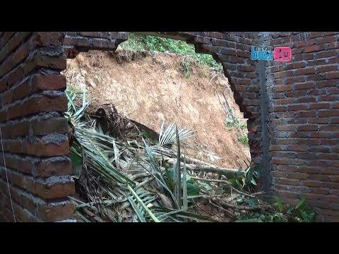 Tebing Tinggi Timbun Rumah, Warga Munjungan Evakuasi Tanpa Bantuan BPBD Trenggalek ?  - bioz tv