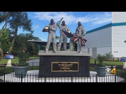 BEARDO - Colorado Family Sculpts Apollo 11 Monument At Kennedy Space Center