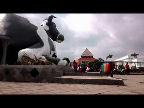 wisata-boyolali-eps-1---ekowisata-taman-air-indonesia-tlatar