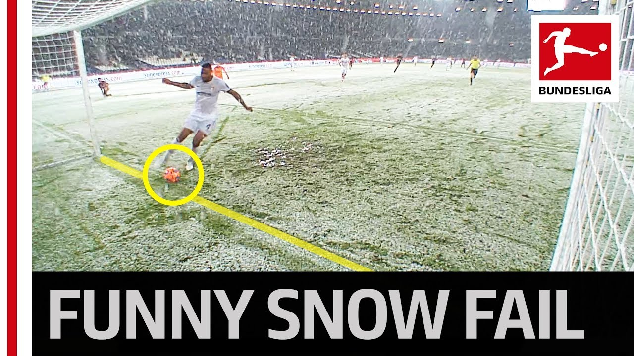 Download Snow Stops Open Goal from Haraguchi – The Craziest Moment this Season?