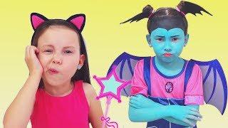 Junior Vampirina and Alice playing with magic toys