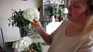 Making the Bridal bouquet, button holes and head table arrangement