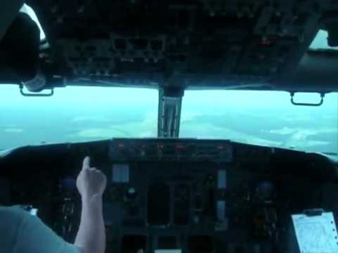 Boeing 737 Type Rating trainings (Base Training) in Riga International.flv