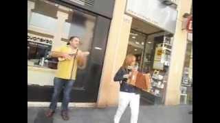 Un acordeón libertario (acompañado) en calle Alfonso I