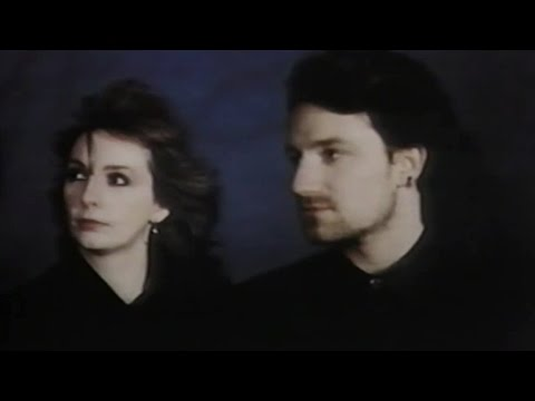 Clannad & Bono (U2) - In A Lifetime (Official Video) 1985