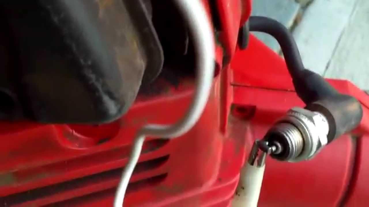 testing for spark on a craftsman leaf blower youtube rh youtube com