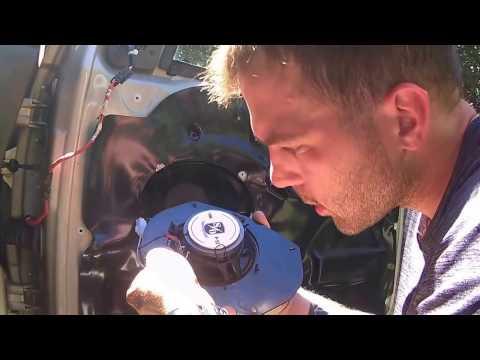 1999-04 Jeep Grand Cherokee - How To Install/Replace Door Panels & Speakers