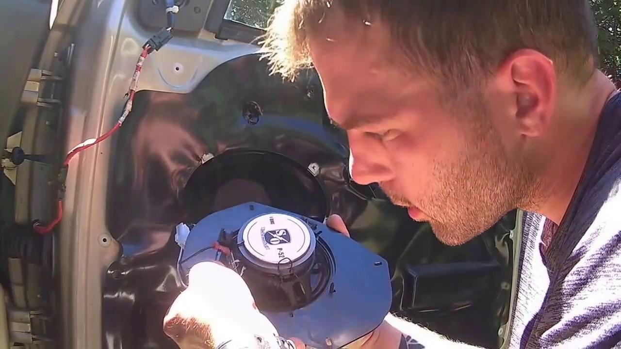 1999-04 Jeep Grand Cherokee - How to Install/Replace Door Panels & on jeep grand cherokee oil drain plug, jeep grand cherokee trailer hitch kit, jeep grand cherokee crossmember, pontiac grand am wiring harness, jeep grand cherokee bump stops, jeep grand cherokee valve body, 2001 jeep wiring harness, jeep grand cherokee switch panel, suzuki grand vitara wiring harness, jeep grand cherokee distributor cap, jeep grand cherokee relay switch, jeep transmission wiring harness, jeep jk wiring harness, ford excursion wiring harness, 2005 jeep wiring harness, jeep grand cherokee powertrain control module, hummer h2 wiring harness, jeep grand cherokee shift cable, jeep grand cherokee fuel pressure regulator, jeep xj wiring harness,
