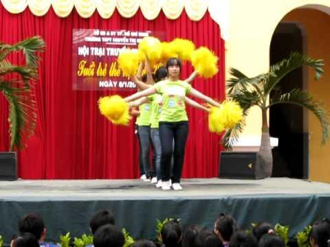 Nhảy cổ động [Hội trại 9/1/2011]