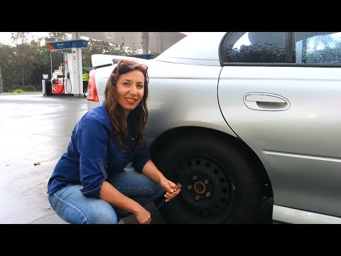 How To Put Air In Your Tyres Galmatic Women Youtube