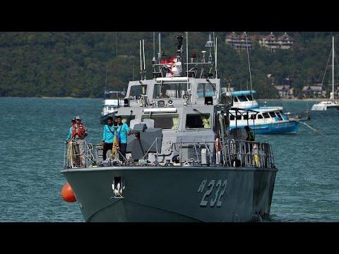 تايلاند ترفع حطام سفينة راح ضحيتها 47 سائحا  - نشر قبل 2 ساعة