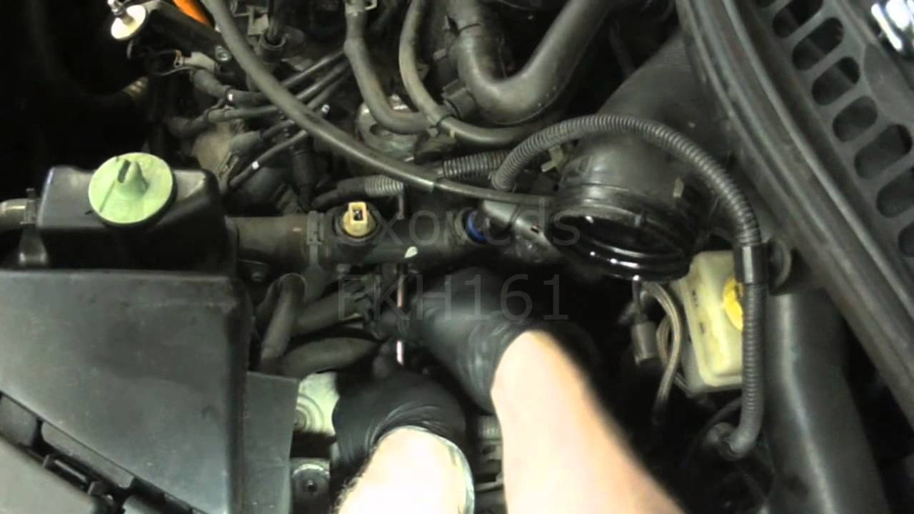 VW A4: New Beetle 20L Side Coolant Flange Removal & Install  YouTube