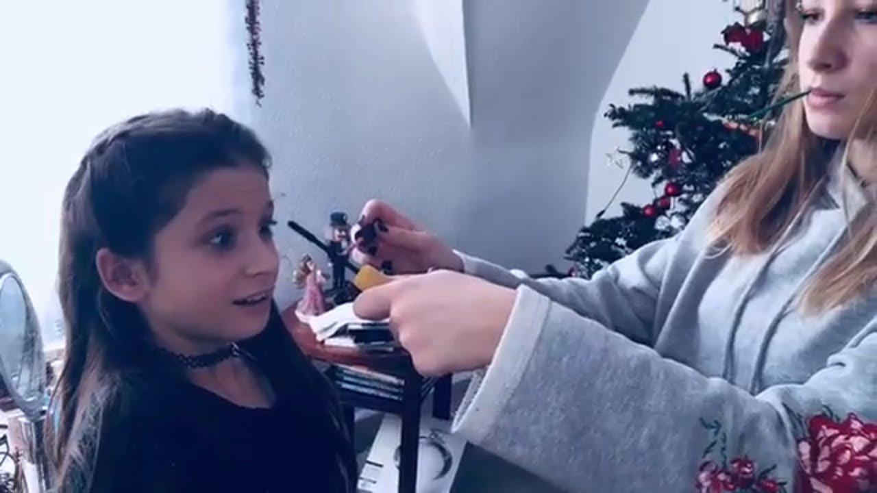 Meine Schwester schminkt mich😱😨 ️🤣💗💜😂💞 - YouTube